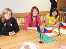 Doučovatelé na evaluační schůzce – duben 2010