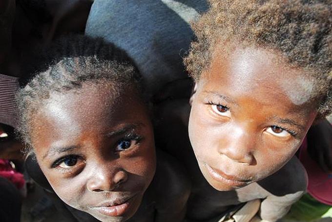 Sbírka pro děti zAngoly